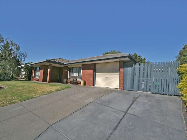 14 Cass Court, Woodcroft, SA 5162