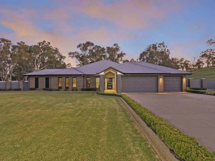 3 Abbott Drive, Lavington, NSW 2641