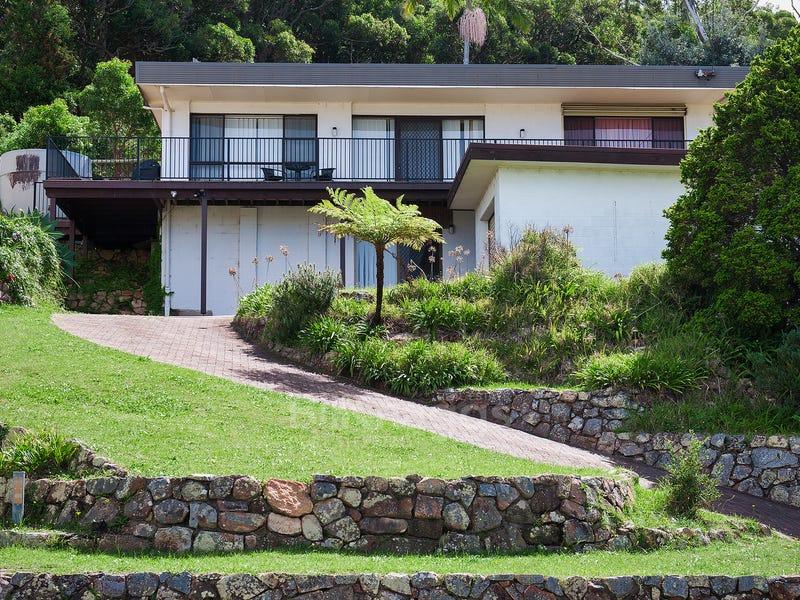 12 Lentara Street, Fingal Bay, NSW 2315