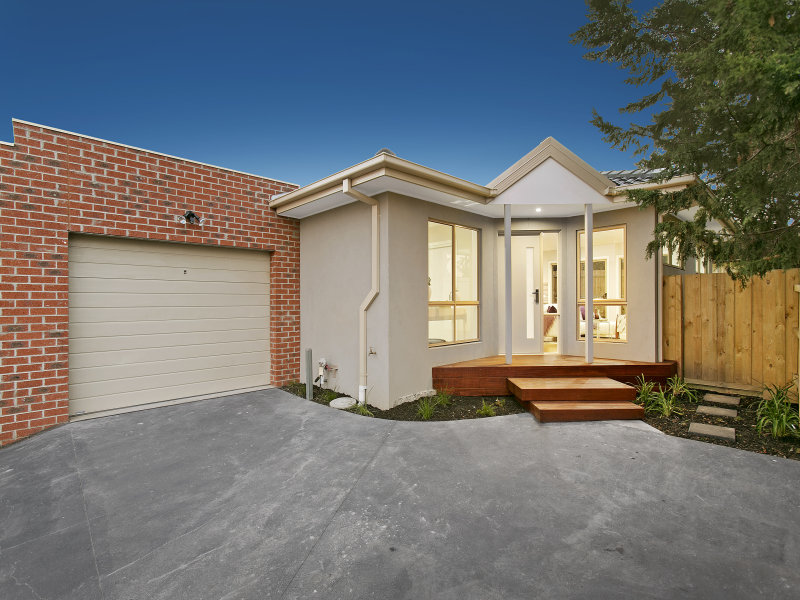 2/11 Cornell Place, Hampton Park, Vic 3976