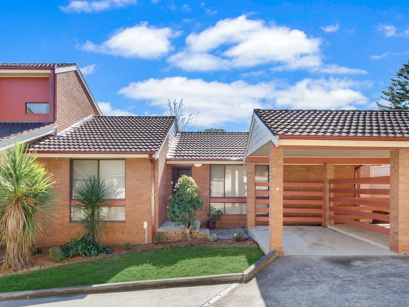 2/65 Canterbury Road, Glenfield, NSW 2167