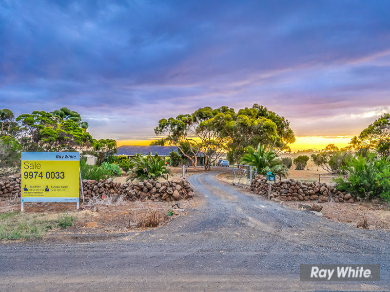 1411 Boundary Road, Mount Cottrell, Vic 3024