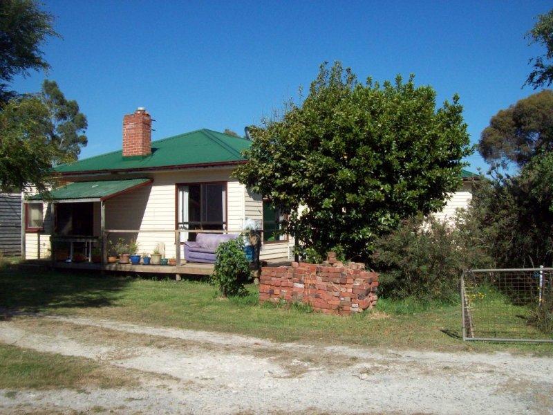 2239 Castra Road, Upper Castra, Tas 7315
