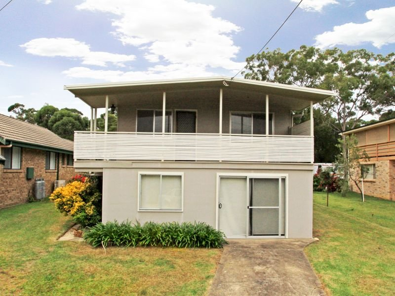 18 Meadowlake Avenue, Berrara, NSW 2540