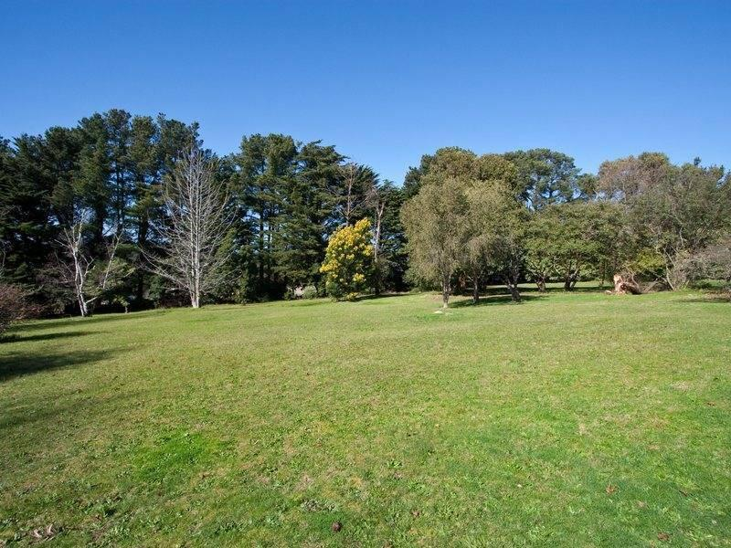 219 Red Hill Road, Red Hill South, Vic 3937