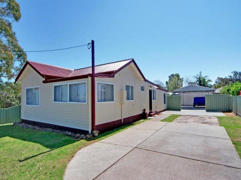 115 West Birriley Street, Bomaderry, NSW 2541