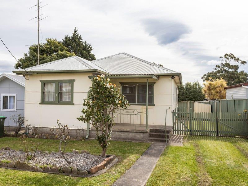2 Lyne Street, Oak Flats, NSW 2529