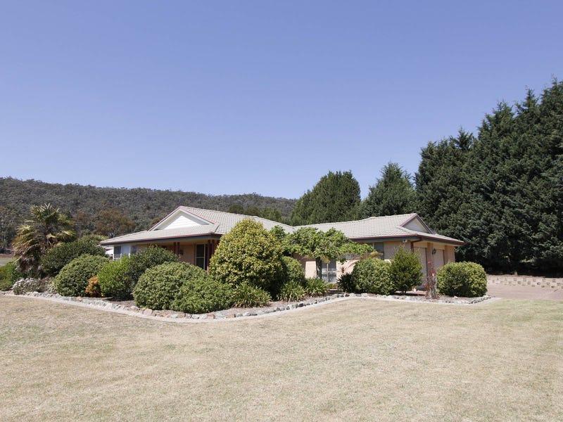20  Girraween Drive, Marrangaroo, NSW 2790