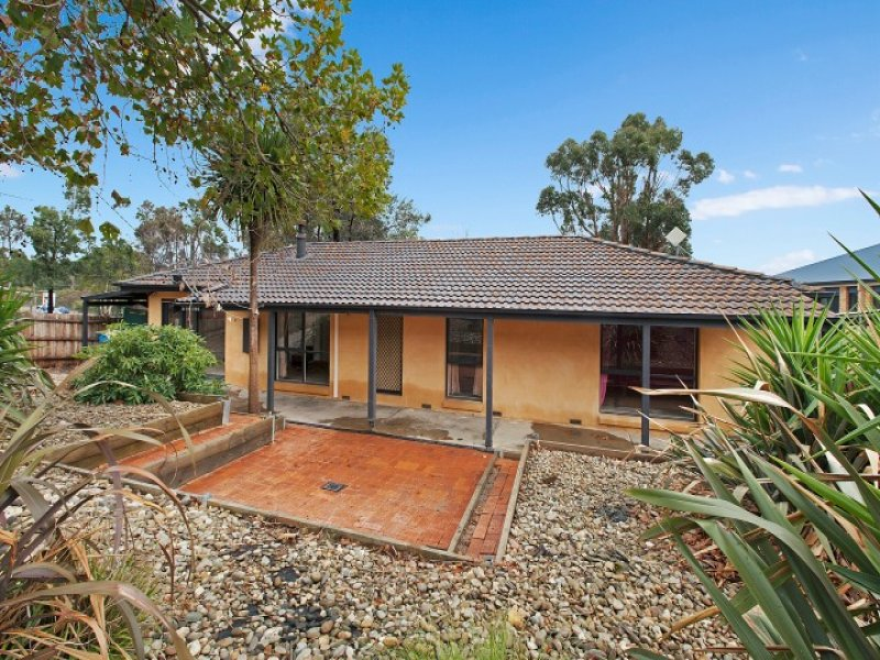 16 Steven Street, Waterford Park, Vic 3658