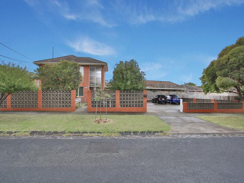 15 Waratah Avenue, Glen Huntly, Vic 3163
