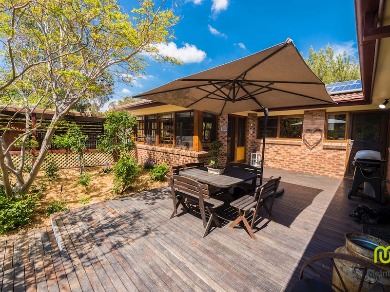 9 Australie Close, Gilmore, ACT 2905
