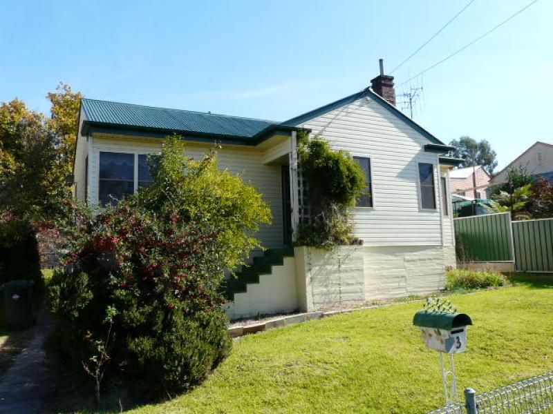 3 Tremain Avenue, Bathurst, NSW 2795