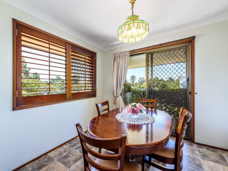24 Parkes Drive, Helensvale, Qld 4212
