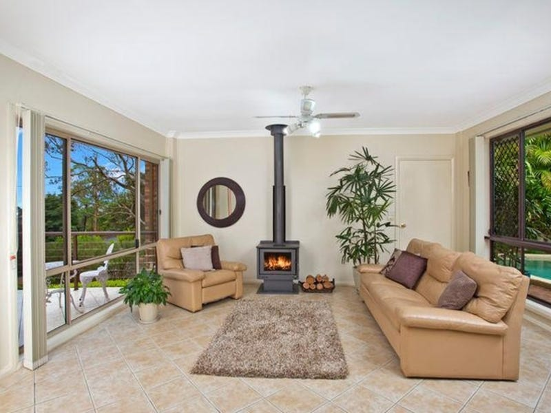 14 Bowral Close, Hornsby Heights, NSW 2077
