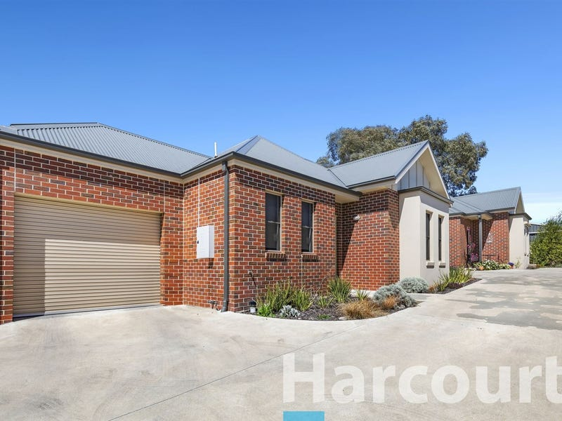 2/113 Howitt Street, Soldiers Hill, Vic 3350