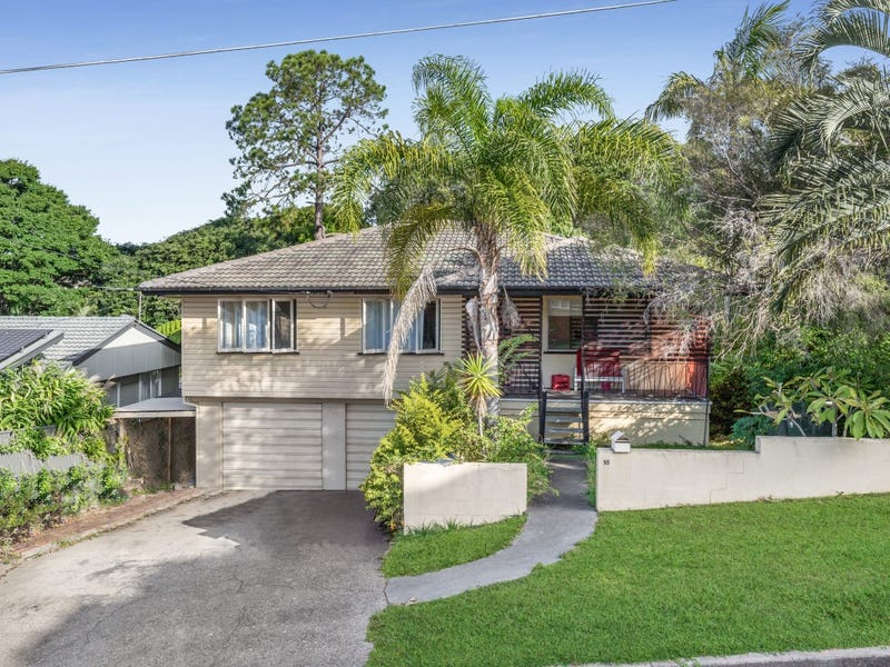 16 Doulton Street, Stafford Heights, Qld 4053
