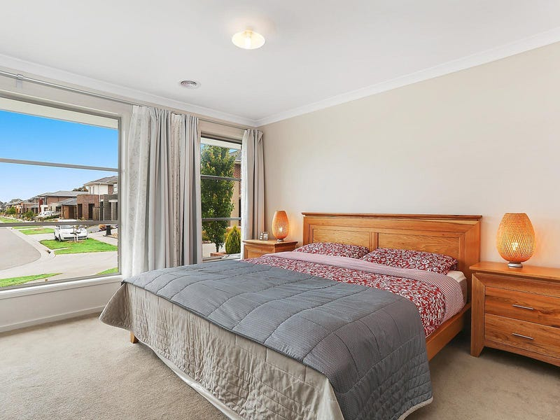32 Elmswood Boulevard, Keysborough, Vic 3173