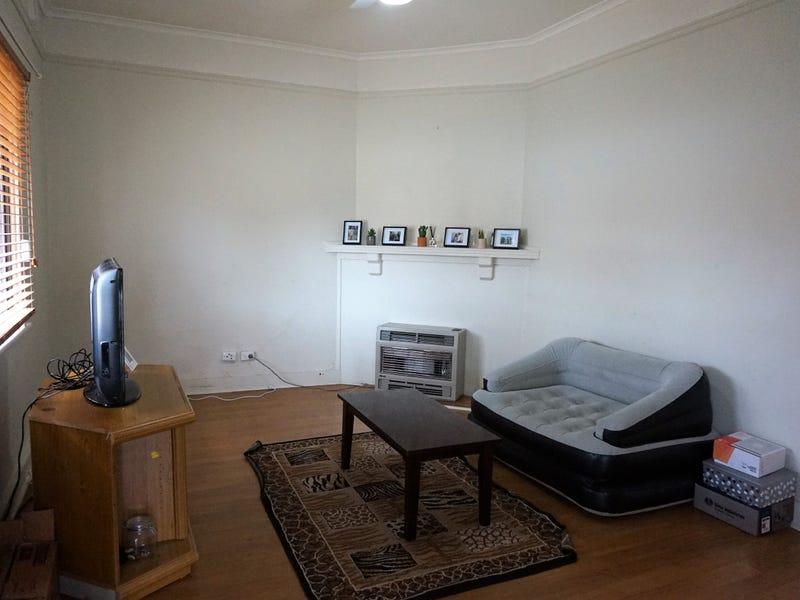 11a Park Street, Goulburn, NSW 2580