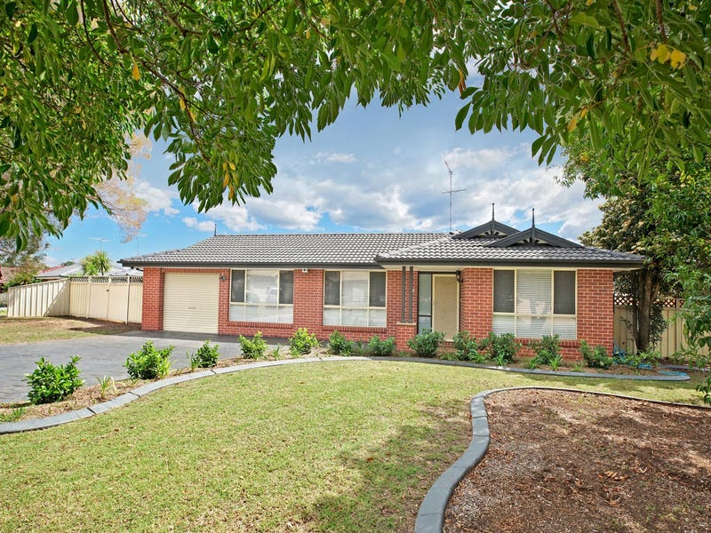 13 Woodlands Drive, Glenmore Park, NSW 2745