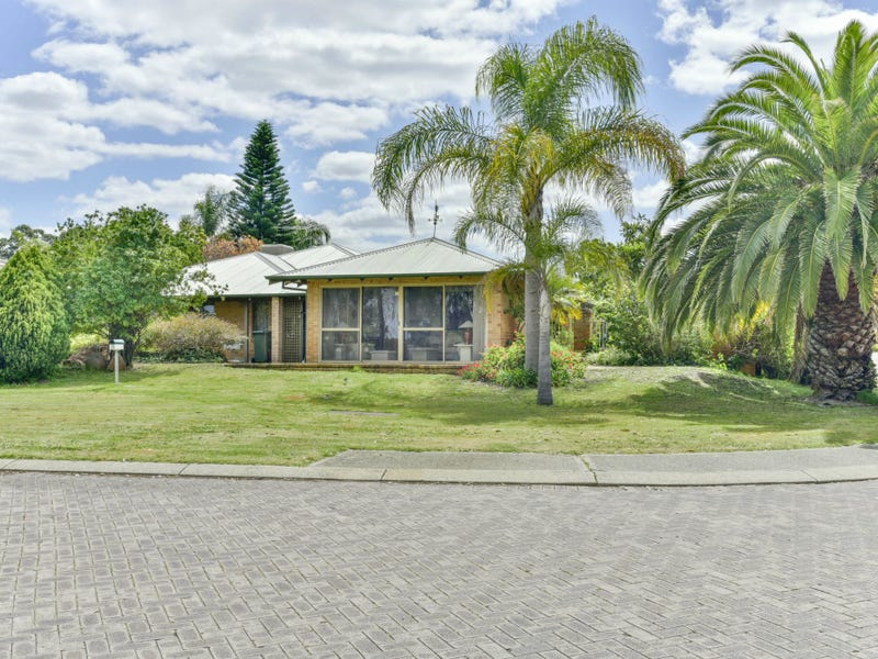 35 Lakeshore Close, Ballajura, WA 6066