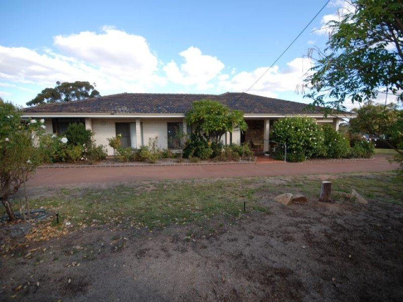 5 Shire Street, Pingelly, WA 6308
