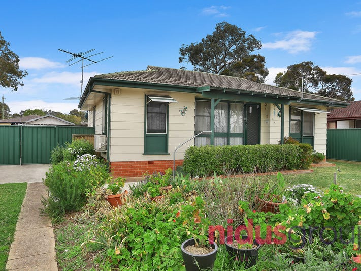 34 Copeland Road, Lethbridge Park, NSW 2770