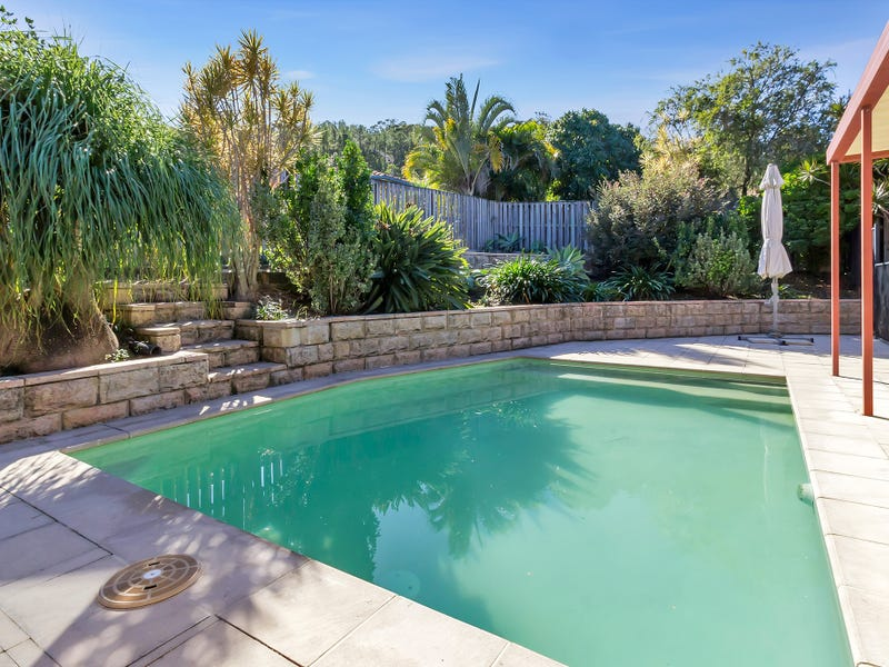 8 Henderson Rise, Pacific Pines, Qld 4211