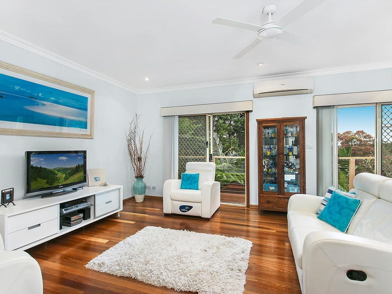 8 Grevillea Crescent, Hornsby Heights, NSW 2077