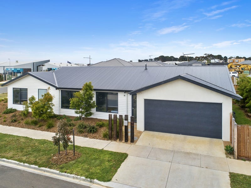 1 Mathews Street, Torquay, Vic 3228
