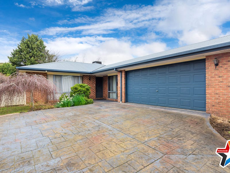 101 Lakeview Drive, Lilydale, Vic 3140