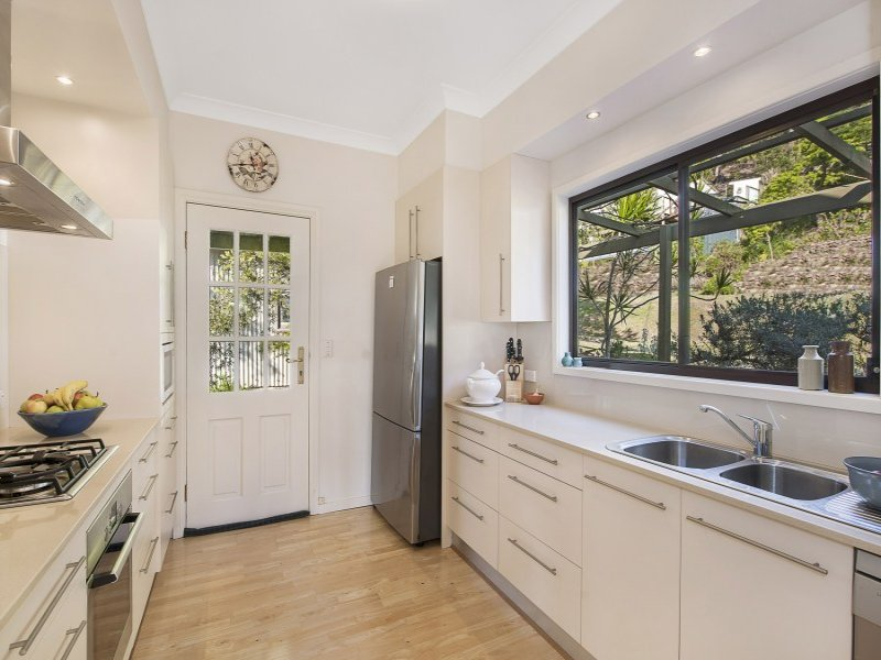 58 High View Road, Pretty Beach, NSW 2257