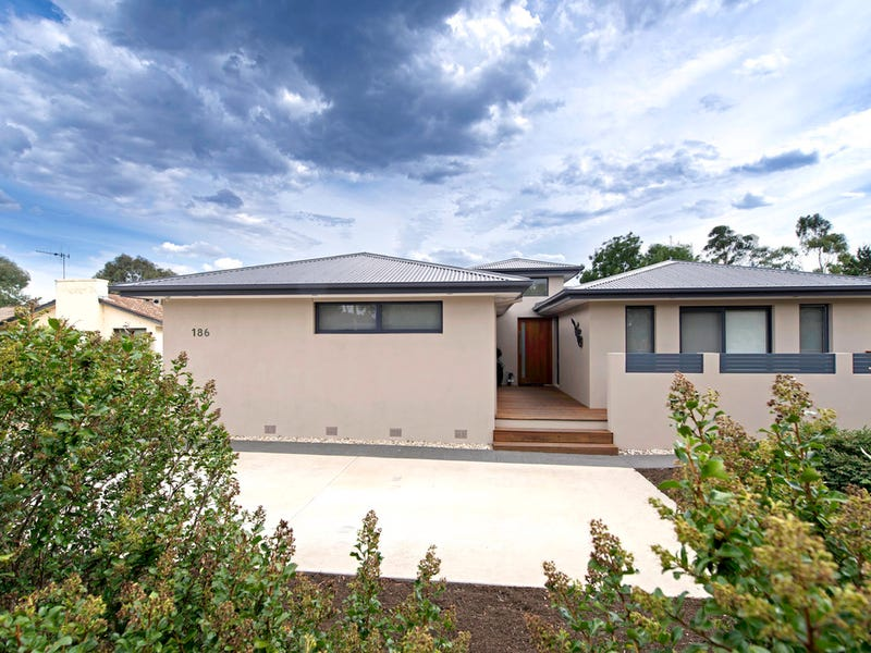 186 Boddington Crescent, Kambah, ACT 2902