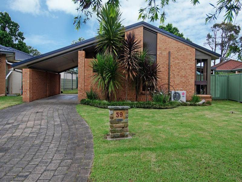39 Windsor Cres, Brownsville, NSW 2530