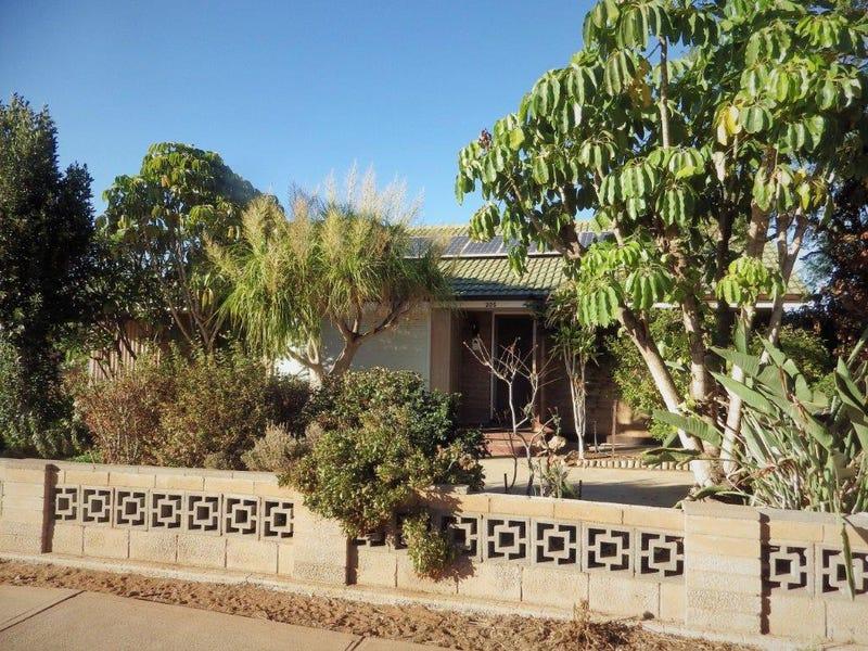 205 NICOLSON AVENUE, Whyalla Stuart, SA 5608