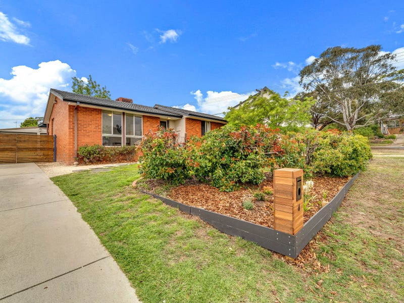 4 Moonta Place, Fisher, ACT 2611
