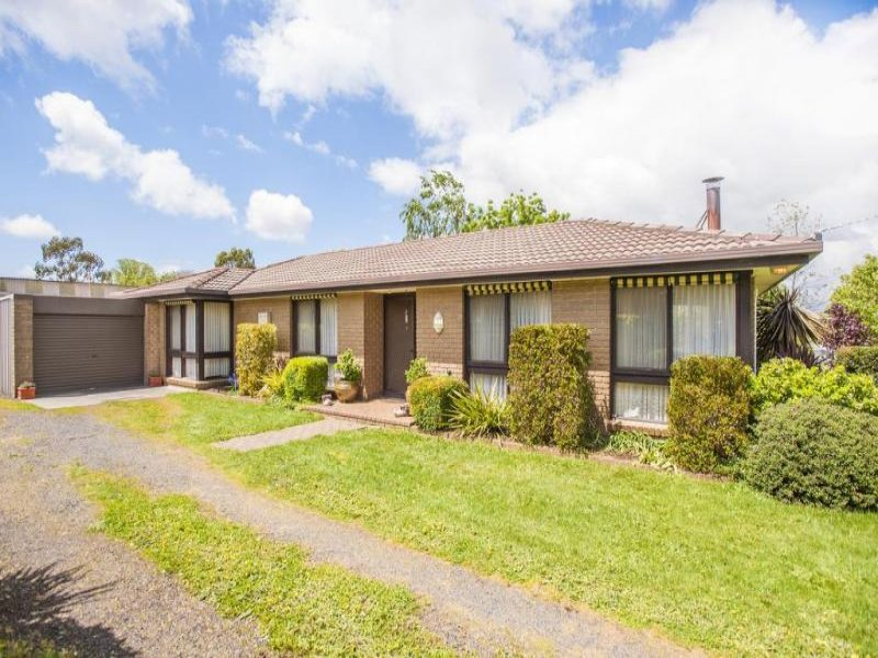 14 Woodend Tylden Road, Tylden, Vic 3444