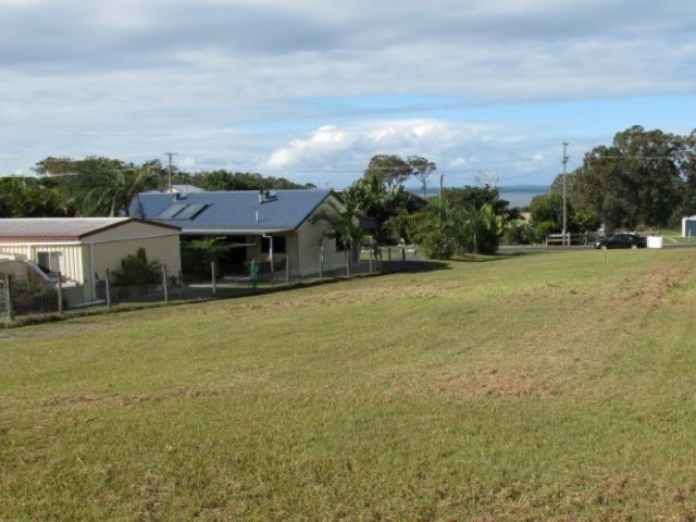 15 Beacon road, Booral, Qld 4655