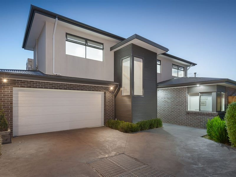 3/4 Beatty Parade, Mornington, Vic 3931