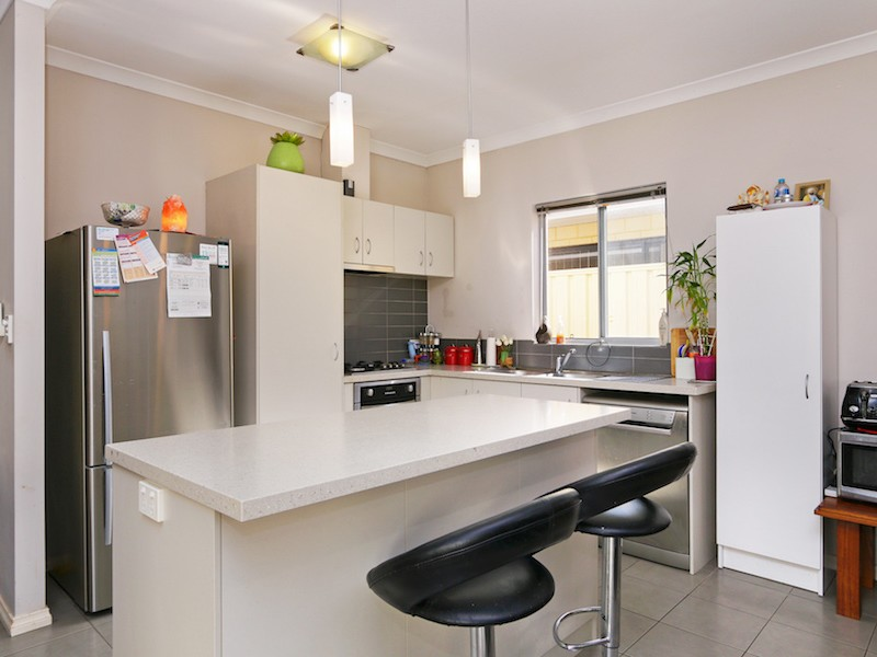 8/26 Churchill Green, Canning Vale