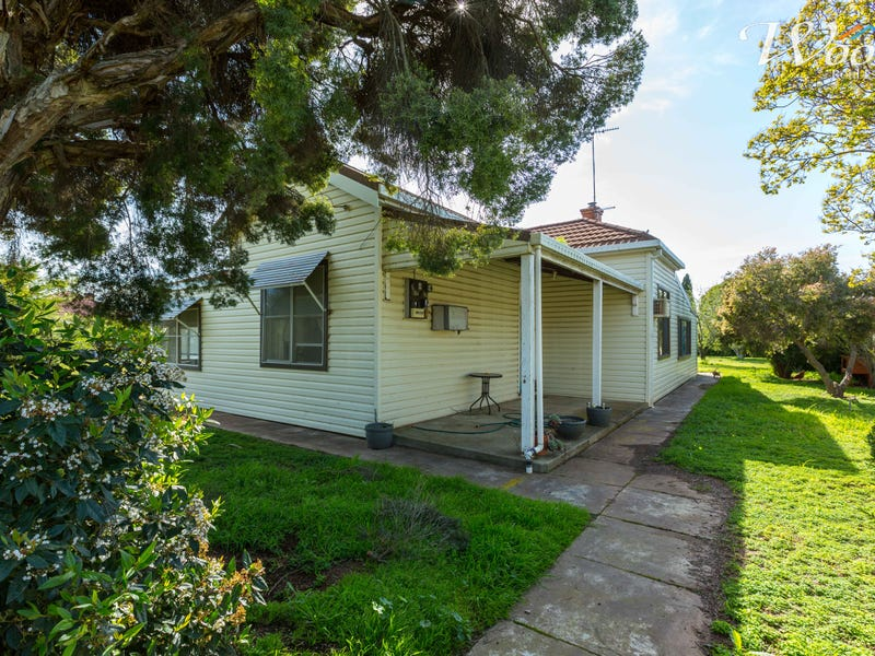 11 & 13 Second Avenue, Henty, NSW 2658