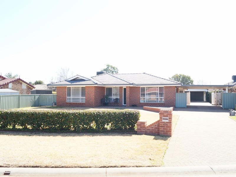 4 Westminster Court, Dubbo, NSW 2830