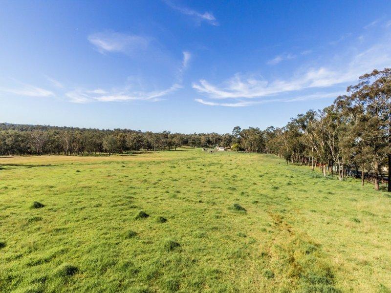1 Tizzana Road, Ebenezer, NSW 2756