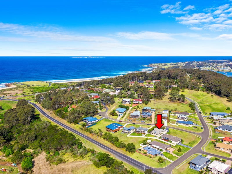 4 Creighton Parade, North Narooma, NSW 2546