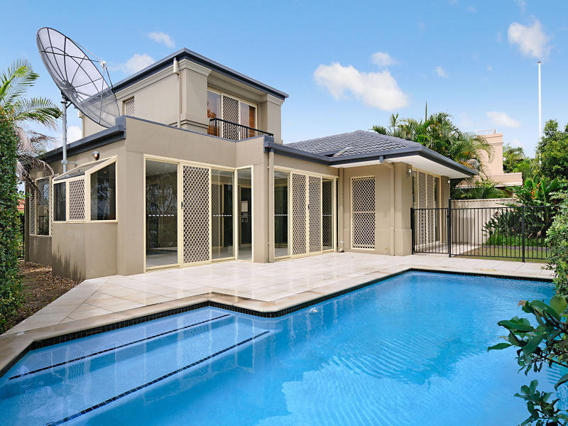 66 Martingale Court, Clear Island Waters, Qld 4226