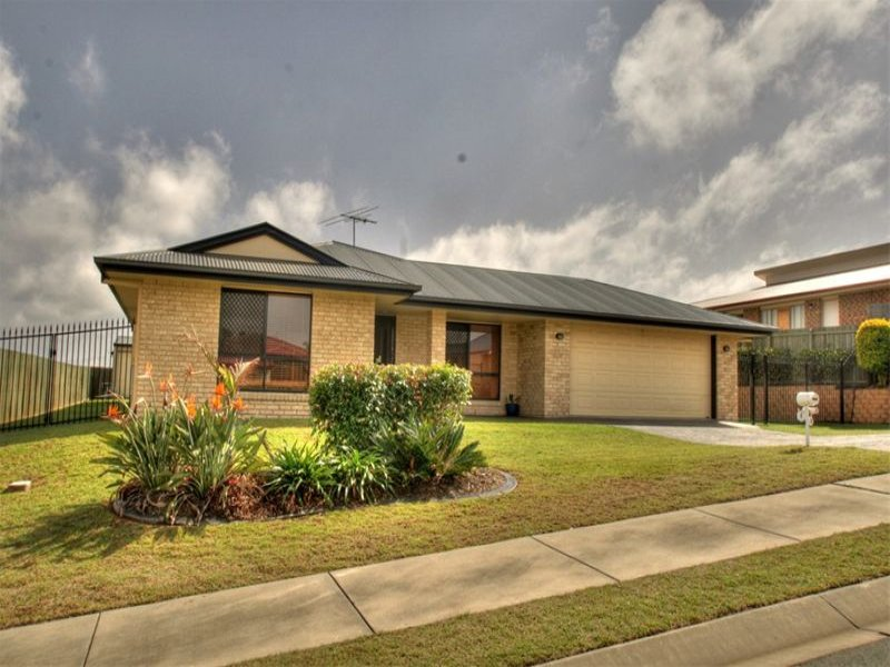 6 Darlington Court, Flinders View, Qld 4305