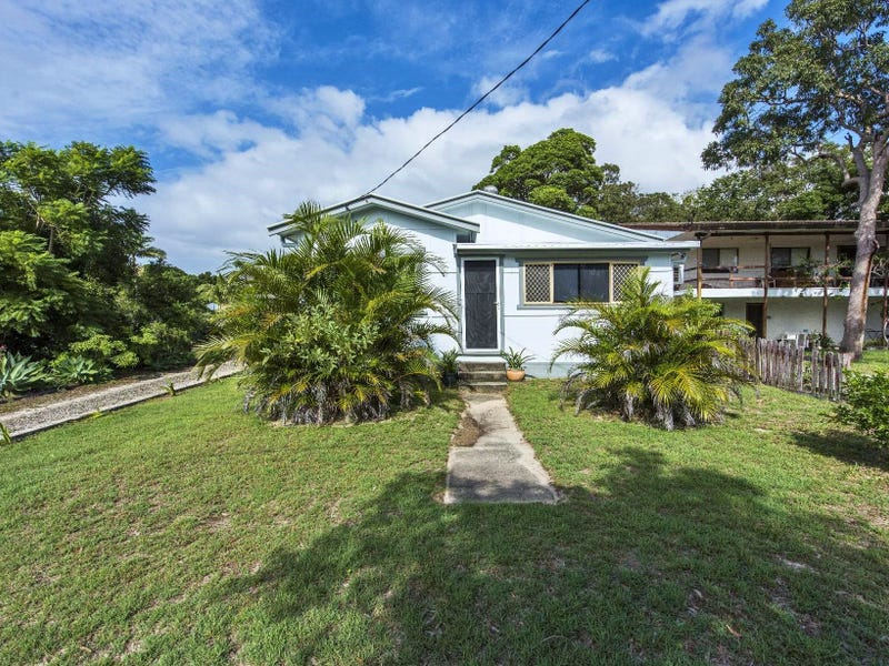 12 Long Street, Iluka, NSW 2466
