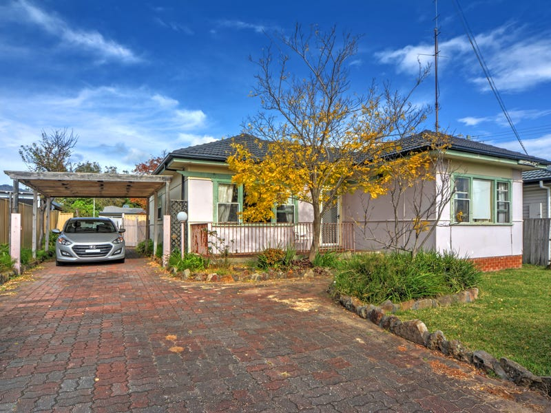 93 Addison Avenue, Lake Illawarra, NSW 2528