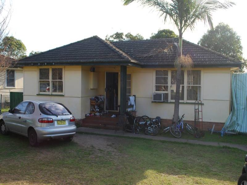 Address available on request, Lurnea, NSW 2170