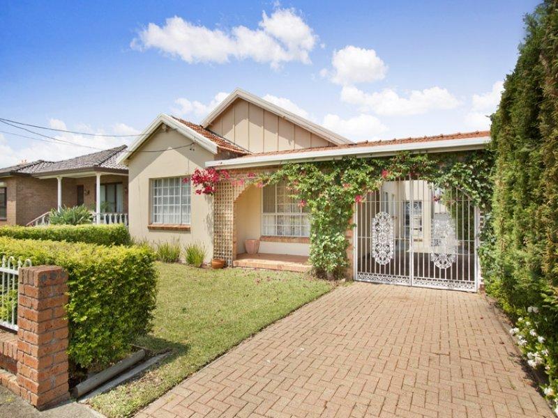 5 Lea Avenue, Russell Lea, NSW 2046