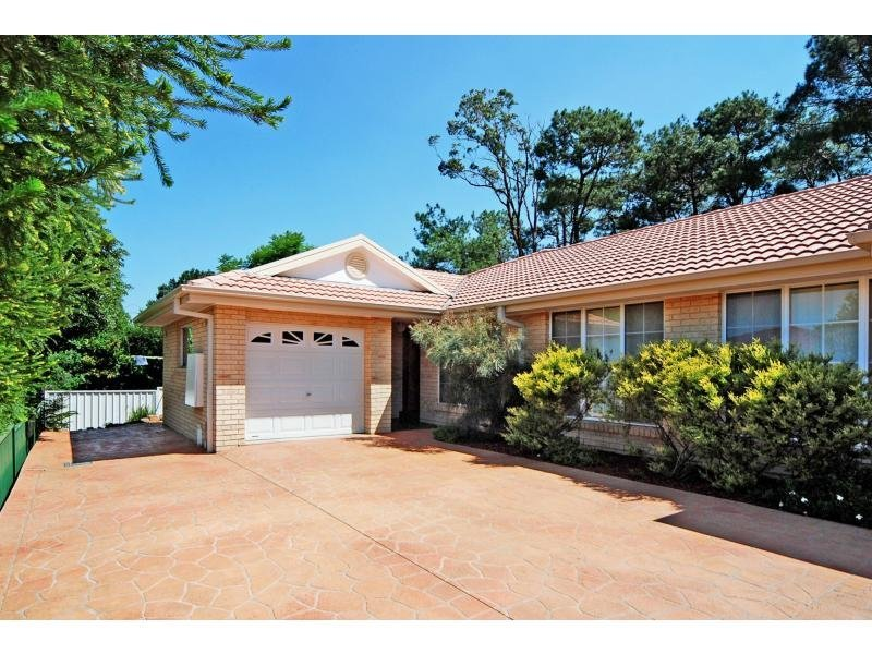 1/5 Harbour Boulevard, Bomaderry, NSW 2541